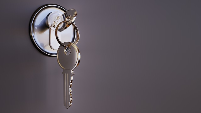 Is stability an important property for a candidate key on